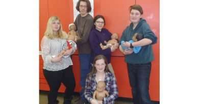 Students learn basics of babysitting