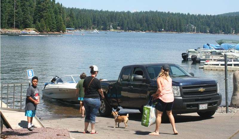 Boat owners, check for mussels - Plumas News