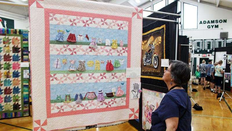 Quilt Guild Celebrates 30 Years Of Quilting Plumas News