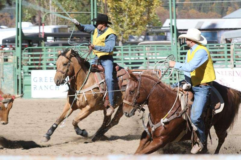 Frc Attracts Riders And Ropers Plumas News