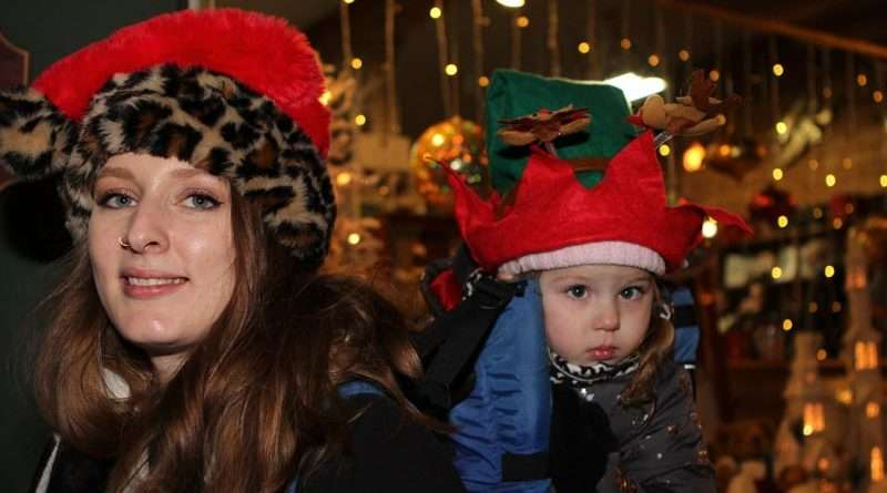 Sprinkles, twinkles and 'Sparkle' light up Quincy holidays